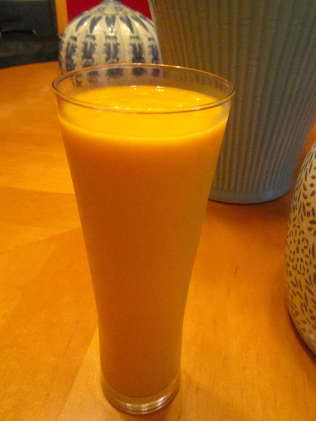 Indoor Sunshine: Vodka & Mango Smoothie