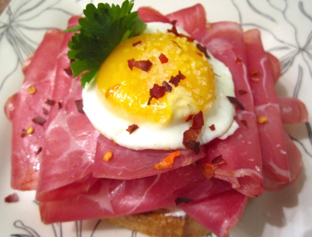 "Ham & Egg """
