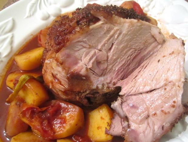 Kümmelbraten  (roast caraway pork)