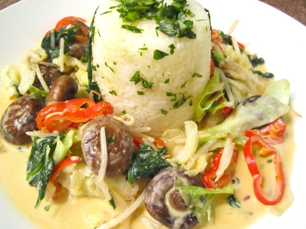 Sauteed Vegetables In Ginger / Garlic Cream
