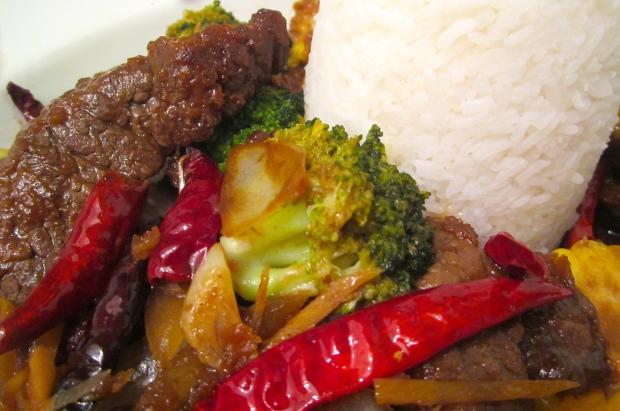 Szechuan Style Stir Fried Beef With Broccoli, Corn & Fan
