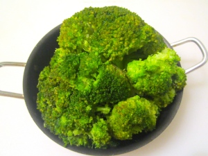 blanched broccoli florettes