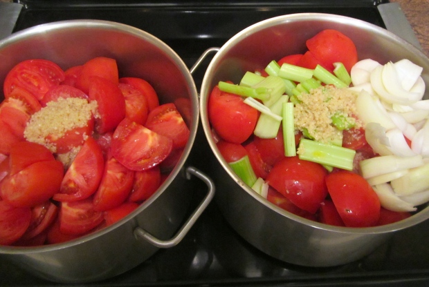 start tomato sauce on the left, tomato bisque on the right