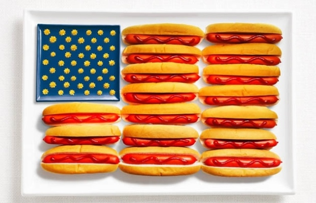 United States -  hot dogs, ketchup and mustard