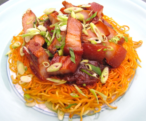 Crispy Fried Noodle Pillow With Braised Pork Belly In Oyster Sauce