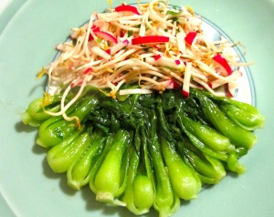 drizzle vegetables with oyster sauce mixture