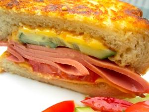 Bologna & Cheddar Sandwich - Boss Level