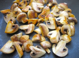 saute mushrooms in olive oil