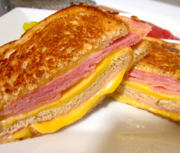 Griddled Ham & Cheese Sandwich