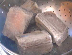 drain ribs, rinse, discard liquid. This will ensure a clearer broth