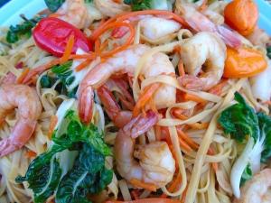 Shrimp Lo Mein (撈麵)