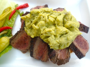 top sliced steak with guacamole