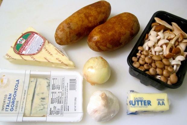 potato, mushrooms, onion, garlic, gorgonzola, asiago