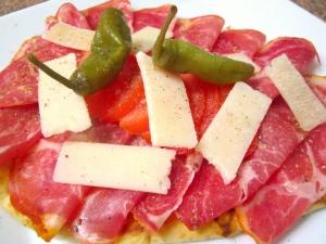 Midnight Snack - Coppa & Pecorino Naan-Sandwich