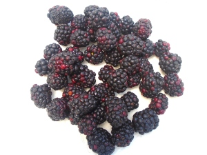 chop fresh blackberries coarsely, reserve a few whole ones for garnish