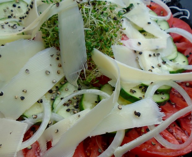Salad of Tomato, Cucumber, Alfalfa Sprouts And Parmigiano Reggiano