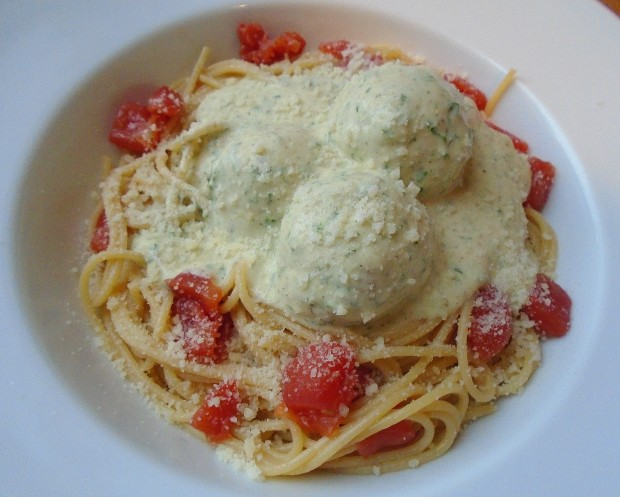 Veal Meatballs in Pesto Cream With Garlicky Spaghetti And Concasse