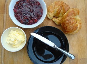 powidl, salted butter, fresh-baked croissants