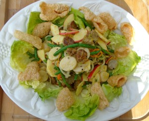 Bratwurstsalat  (Brat-Salad)