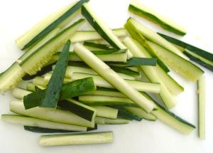 seedless cucumber batons