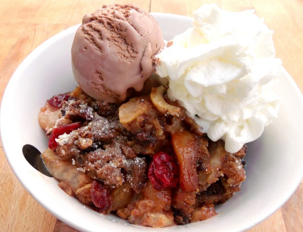 Caramelized Appe Cobbler With Twice Baked Chocolate Cookie Crumble
