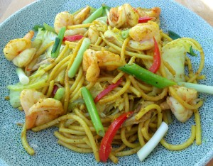 Curried Pasta With Shrimp, Mushrooms, Veggies And Egg