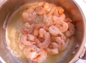 add 1 lb headless,peeled and deveined shrimp, season with 1 tsp worcestershire sauce, 1 tsp garlic paste, 1 tblsp Thai sweet chili sauce, kosher salt to taste