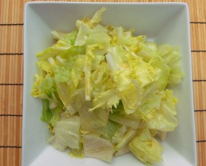 place the endive and pear into a serving bowl