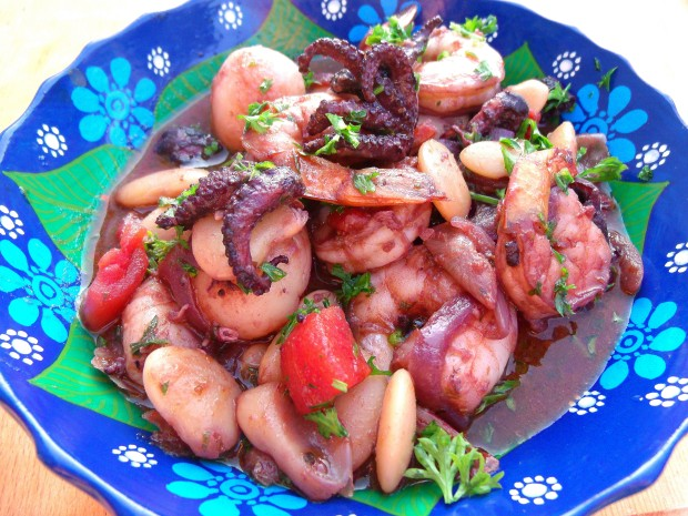 Shrimp And Octopus Stewed In Red Wine