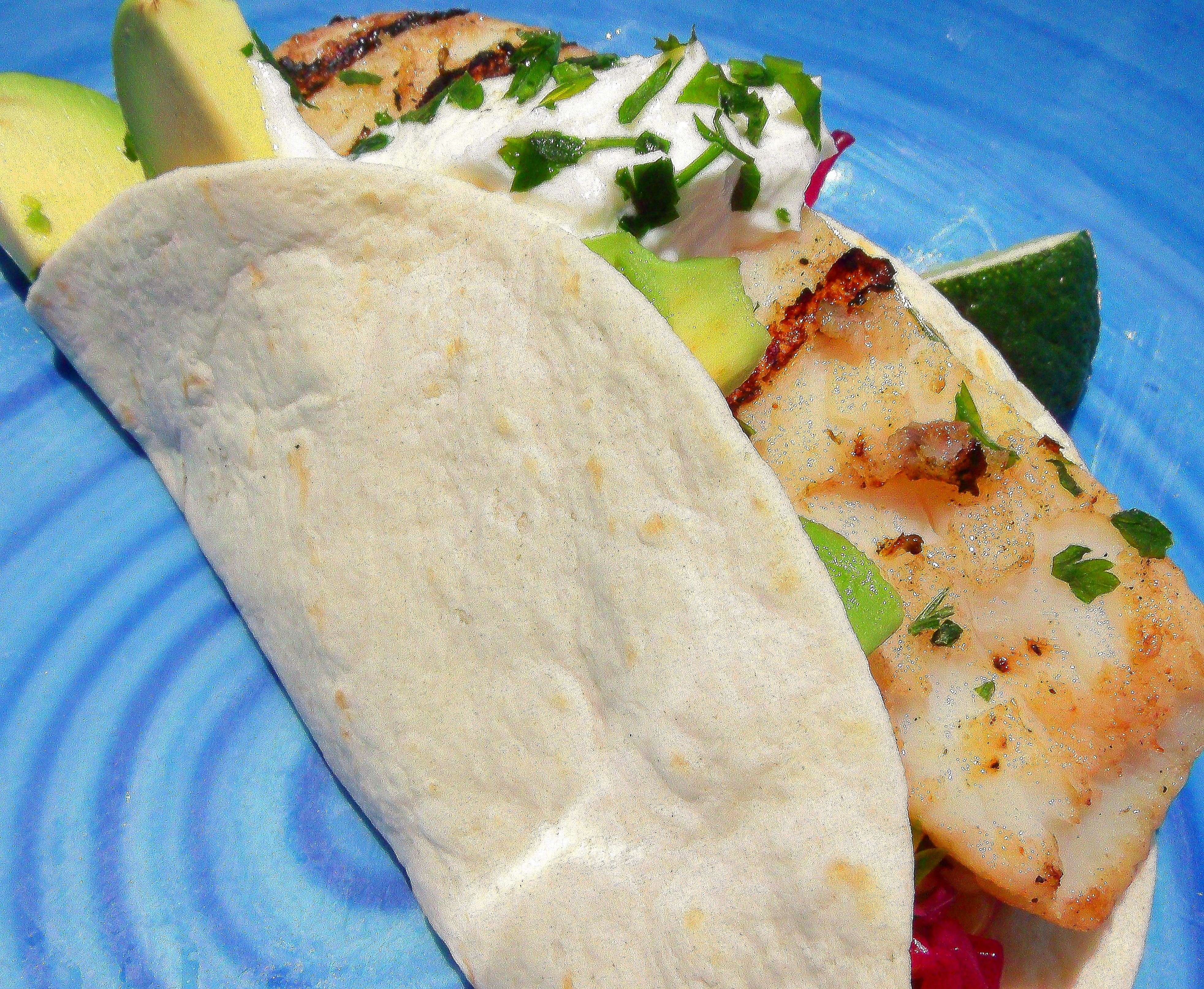 Tacos de pescado grilled fish tacos chefsopinion for How to cook cod for fish tacos